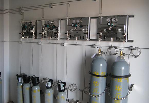 实验室供气系统气瓶室